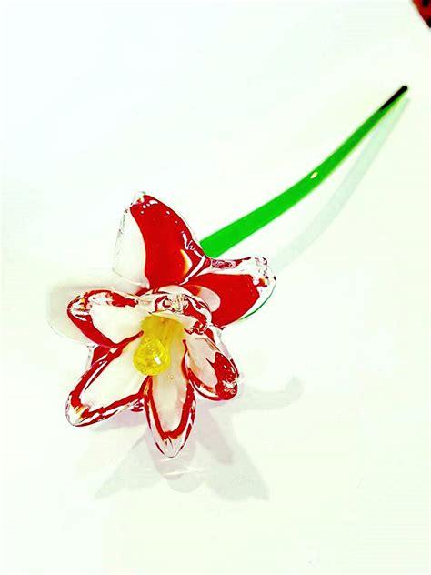 fiore rosso fiore rosso e bianco di vetro di murano venturini