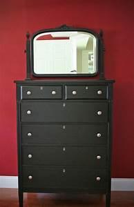 Meuble Bois Et Noir : comment repeindre un meuble une nouvelle apparence ~ Melissatoandfro.com Idées de Décoration