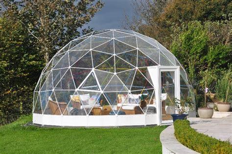 garten iglu glas your own maze in your back garden courtesy