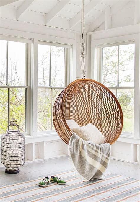 chaise suspendue interieur les 25 meilleures idées de la catégorie fauteuil suspendu