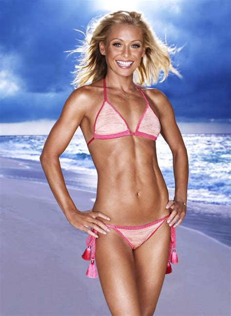 Halloween 3 Imdb 2012 by Kelly Ripa 20 Most Fit Celebrity Women To Be Inspired By