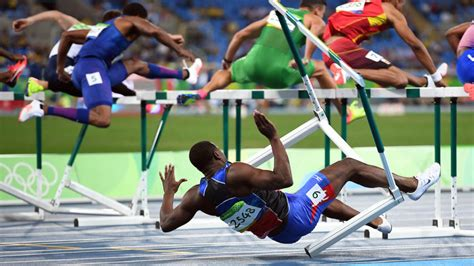 LOOK: Olympic hurdler crashes badly on first hurdle ...