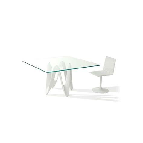 table carree 140 x 140 table en verre design carr 233 e 140 x 140 cm lambda sovet 174 4 pieds tables chaises et tabourets