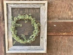 Chicken, Wire, Frame, And, Wreath