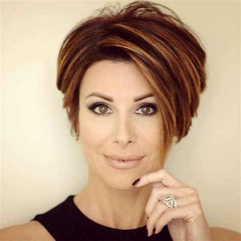 hottest short hairstyles short haircuts  bobs pixie cool colors hairstyles weekly