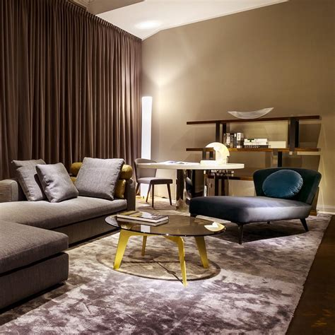 Interior Design Wohnzimmer by Minotti Showroom Berlin Berlin Creme Guides