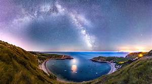 One Light in the Cove – DorsetScouser Photography