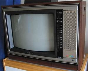 First Tv I Ever Played Video Games On  A Sony Trinitron