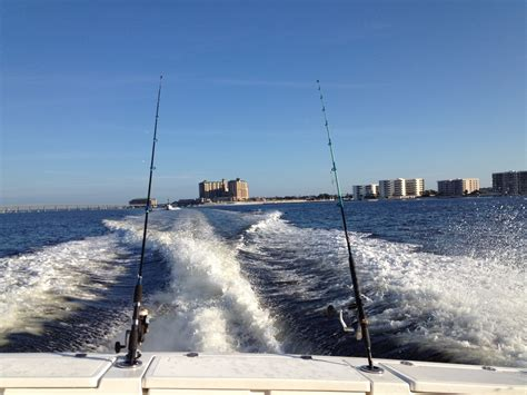 Destin Florida Charter Boat Rentals by What To Pack For Your Destin Fishing Charter Destin