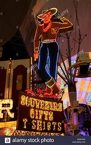 Vegas Vic, the famous cowboy figure in Fremont Street in ...