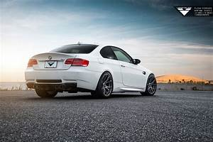 Bmw E92 Coupe : bmw e92 m3 coupe e93 m3 convertible body kits carbon ~ Jslefanu.com Haus und Dekorationen