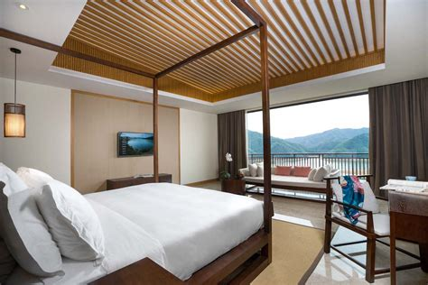 He is an acquaintance of tai ho. There are So Many Gorgeous Chinese Hotels Outside of ...