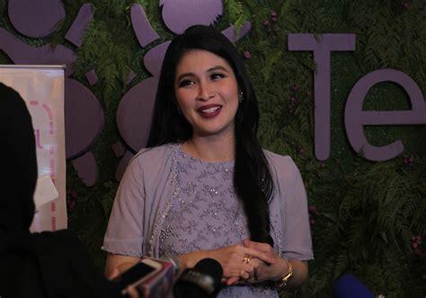 Hamil Muda Naik Kereta Bahagianya Sandra Dewi Melahirkan Anak Pertama Bagian 2