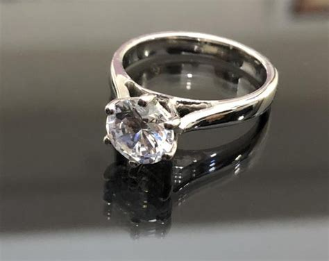 affordable engagement rings in 18k gold affordagold jewelry philippines znz jewelry philippines