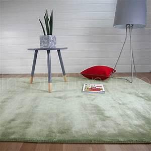 Tapis Sur Mesure : tapis sur mesure gris vert annapurna par angelo ~ Medecine-chirurgie-esthetiques.com Avis de Voitures