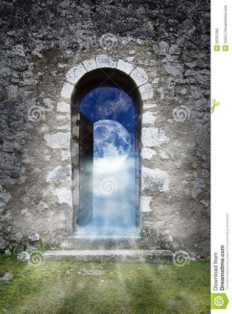 et la porte magique porte magique photographie stock image 22331282