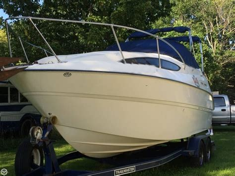 Boat Manufacturers In Indiana by Bayliner Boats For Sale In Indianapolis Indiana United