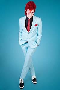 Ziggy Stardust Make-up Tutorial - maskworld.com