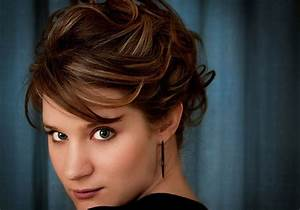 26 Easy Updos For Short Hair That Look Great CreativeFan