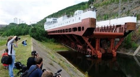 Biggest Boat Lift In The World the biggest shiplift in the world video