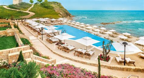 Top 21 Beach Home Decor Examples: Top 21 New Luxury Beach Resorts Opening In 2017