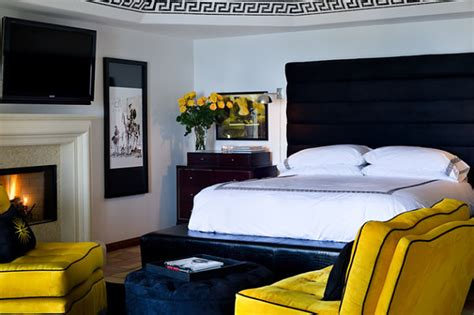 Bedroom Design Blue And Yellow by Decadent Toned Bedrooms For A Glamorous Interior