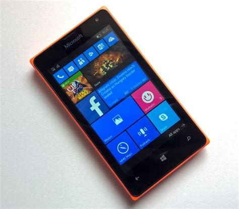lumia 435 living with windows 10 mobile and a snapdragon 200