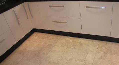 vinyl kitchen flooring uk vinyl flooring in horsham and surrey pean 6902