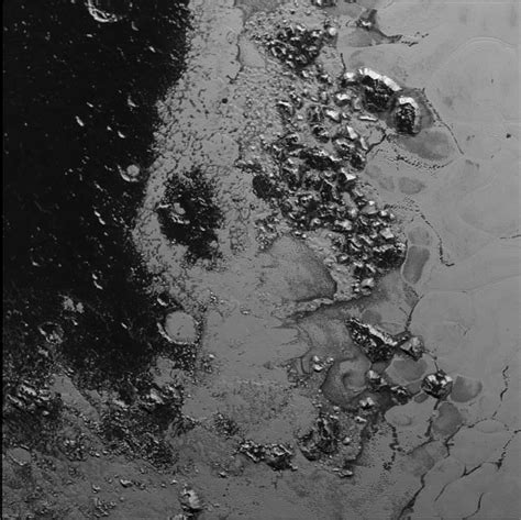 New Pluto photos reveal evidence of Earth-like glaciers on ...