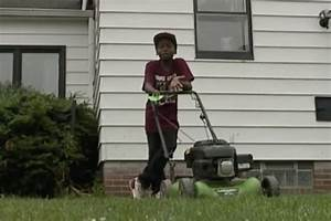 Boy whose lawn mowing prompted police call gets cops ...