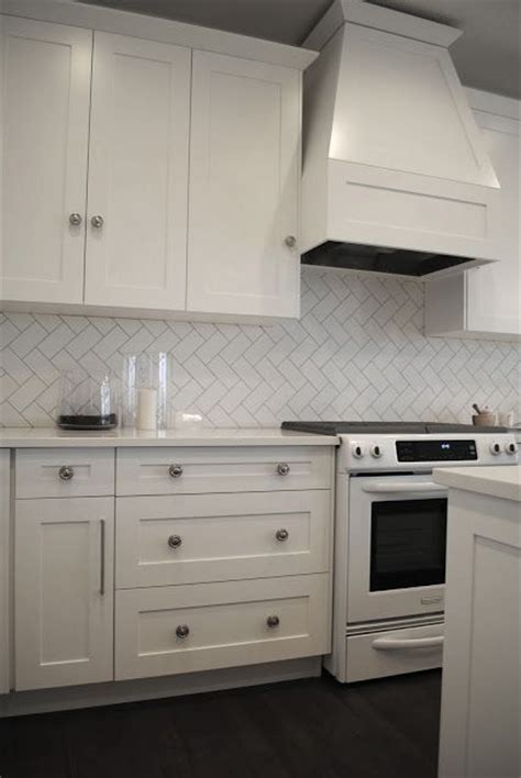 kitchen backsplash subway tile patterns herringbone white tile splashback with grey grout 7705