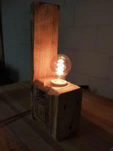 Coole Sachen Zum Selber Bauen : upcycling coole palettenlampe zum selber bauenblog accende blog accende ~ Markanthonyermac.com Haus und Dekorationen