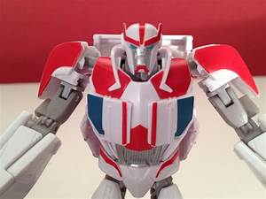 TRANSFORMERS PRIME - RATCHET - TOY REVIEW - YouTube  Toy