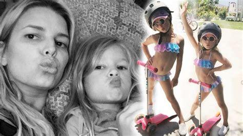 Jessica Simpson Criticized For Sharing Bikini Photo Of 5