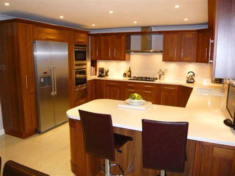 small u shaped kitchen layout ideas small kitchen designs with islands 10 x 10 10 x 10 u