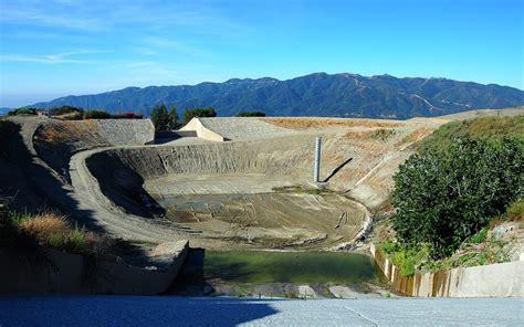 Mudslides test LA's debris basins - RCHS proposes a new ...