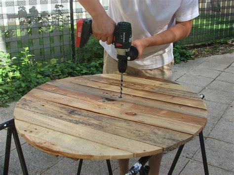 construire sa cuisine en bois meuble cuisine bois recycle 11 construire une table de