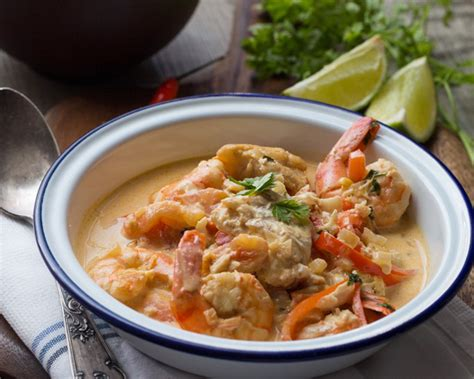 recettes de cuisine libanaise moqueca de peixe e camarao spécialité brésilienne au poisson et aux crevettes cuisine addict