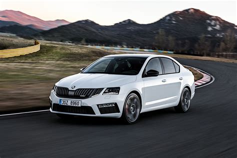 2017 Skoda Octavia Rs 245 Debut Imminent Autoevolution