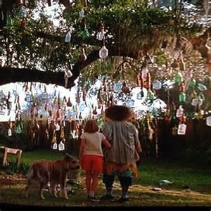 Winn-Dixie Bottle Tree