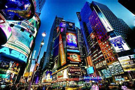 File:Times Square, New York City (HDR).jpg - Wikimedia Commons