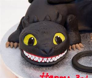 Toothless - How To Train Your Dragon - CakeCentral com