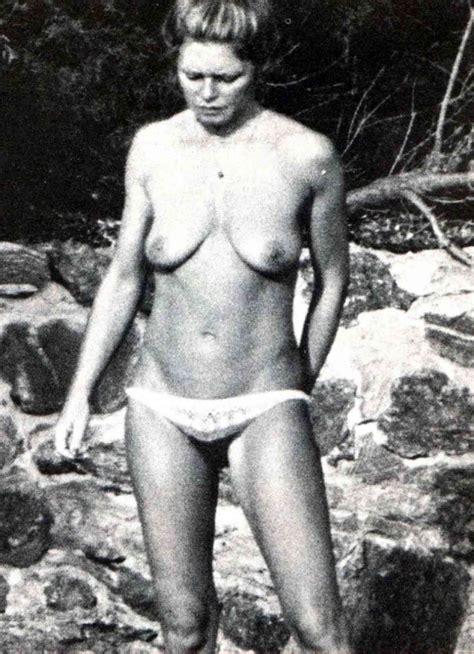 Brigitte Bardot Hottest Nude Photos