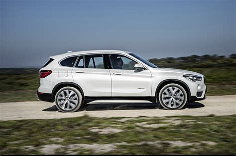 2018 Bmw X1 First Look Review Motor Trend