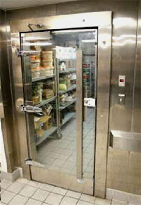 walk  refrigerator   walk  freezer walk