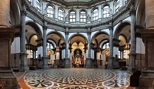 Santa Maria della Salute (Basilica) In-Venice