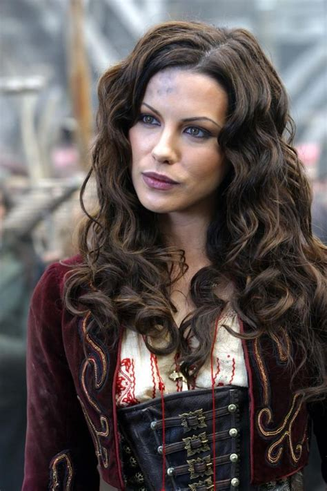 actress similar to kate beckinsale kate beckinsale van helsing movie photo gallery wigs