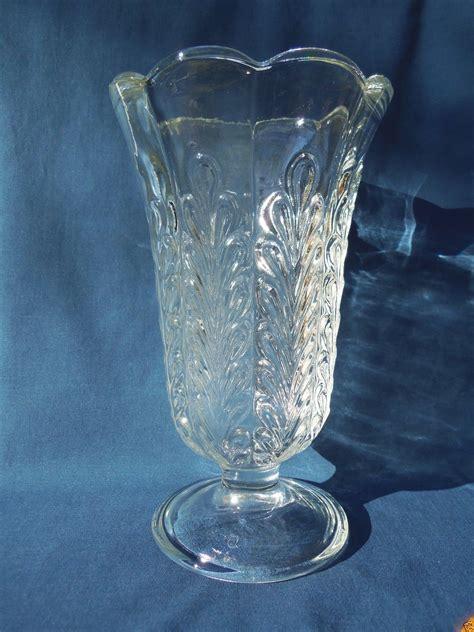 clear glass vases e o brody co usa clear glass pedestal vase m5200 fern leaf