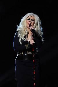 Christina Aguilera Photos Photos - Michael Forever Tribute ...