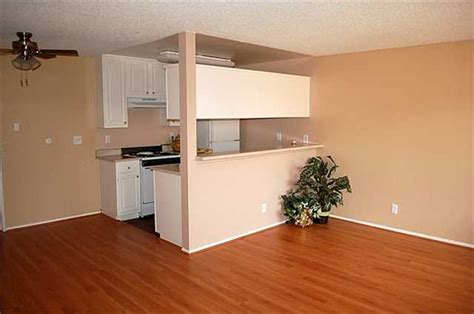 2 Bedroom Apartments For Rent Los Angeles by Ardmore Court Everyaptmapped Los Angeles Ca Apartments